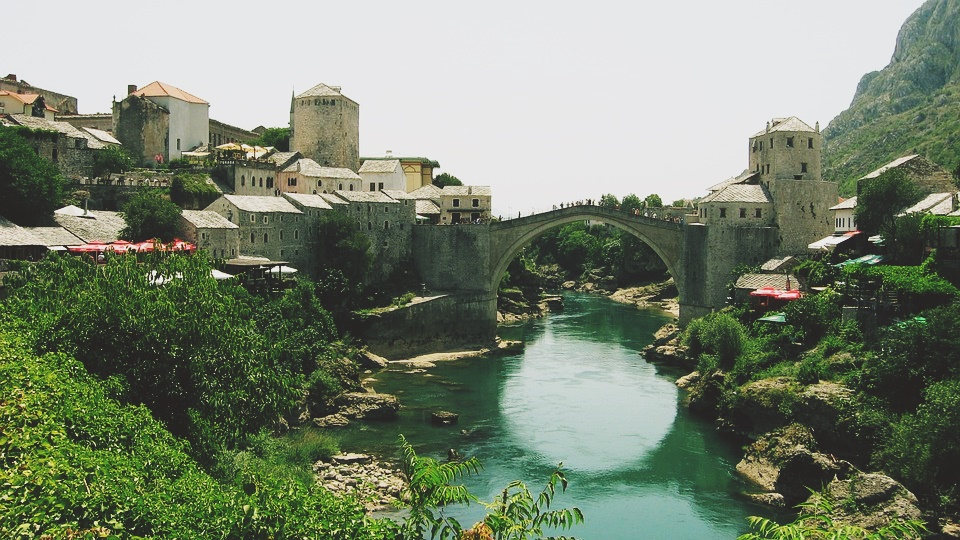 Basic facts about visiting Bosnia